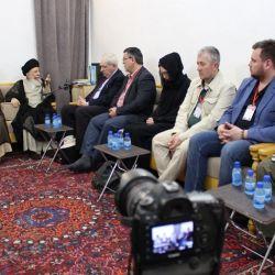 دیدار ایت الله حکیم (مد ظله)  با گروهی ازنمایندگان خارجی حاضر در جشنواره ربیع الشهادة
