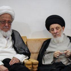 في رحاب شهر رمضان الفضيل .. سماحة المرجع الكبير السيد الحكيم يستقبل سماحة المرجع الشيخ الفياض (مدّ ظلهما)