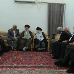 سماحة المرجع الكبير السيد محمد سعيد الحكيم(مدّ ظله) يستقبل وفد الأمانة العامة للعتبة الكاظمية المقدسة