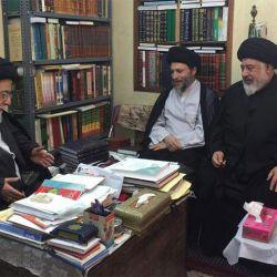 آية الله السيد رياض الحكيم (دام عزه) يلتقي ممثل أهالي محافظة خوزستان في مجلس الخبراء