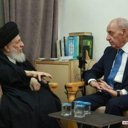 دیدار مرجع عالیقدر اقای حکیم (مدظله) با آقای نبیهبری رئیس مجلس نمایندگان لبنان وهیئت همراه