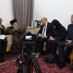 استقبال مرجع عالیقدر شیعیان سید محمدسعید حکیم (مدظله) از (ژان ایو لودریان) وزیر امور خارجه فرانسه